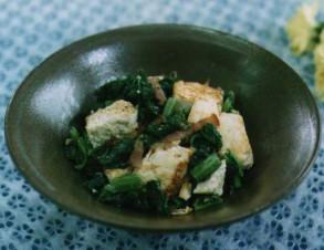 チキナーチャンプルー (からし菜漬けの炒め物)の写真